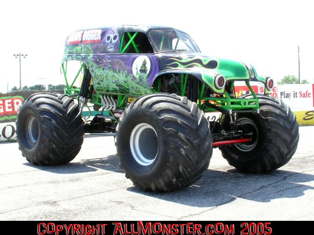 toledo ohio monster jam july 8 9 2005 where monsters are what matters. Black Bedroom Furniture Sets. Home Design Ideas