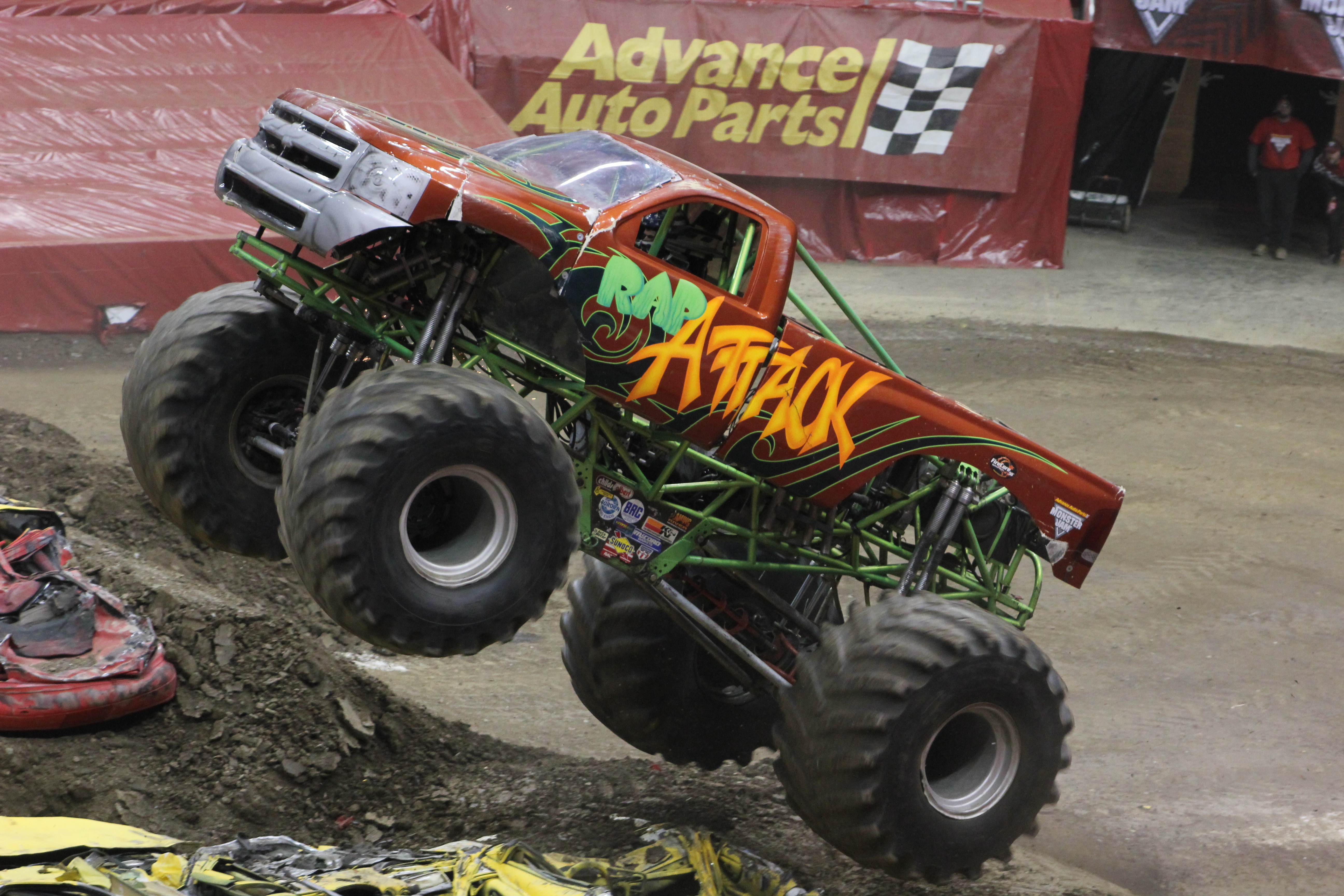 Virginia Truck Center >> Pittsburgh, PA - Monster Jam - 2-17-13 (2:00pm Show ...